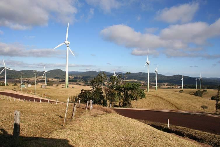 Starwood, General Motors sign agreement on renewable energy