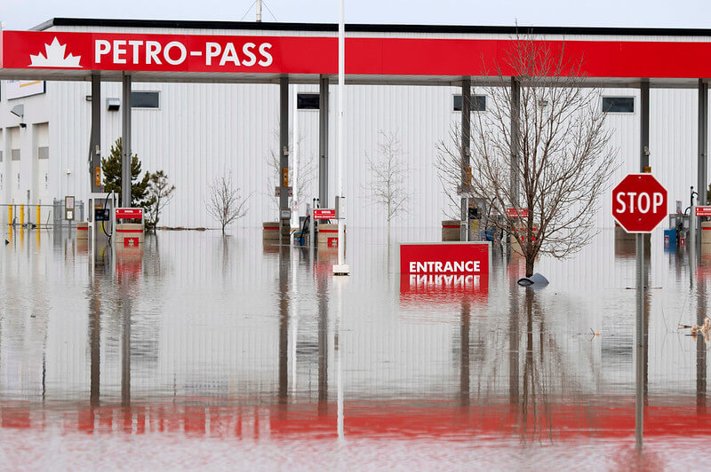 floods climate change canada